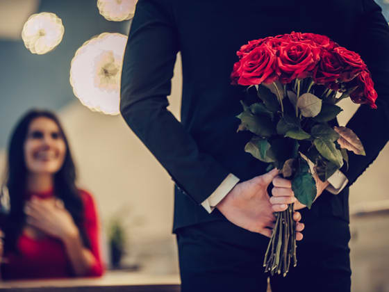 Quirky gift ideas for husband on 20th marriage anniversary